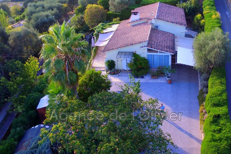 Photo House Grasse Proche centre-ville,   to buy house  3 bedroom   142 m²