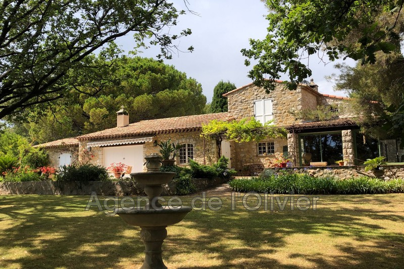 Maison de caractère Mouans-Sartoux   achat maison de caractère  4 chambres   280m²