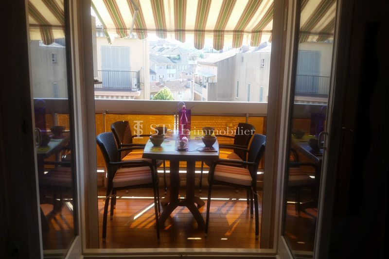 Photo Apartment Sainte-Maxime  Location saisonnière apartment  2 rooms   27 m²