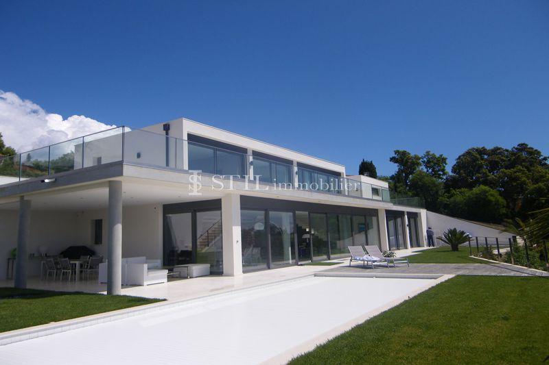 Location saisonnière villa Les Issambres  Villa Les Issambres Proche plages,  Location saisonnière villa  4 chambres   350m²