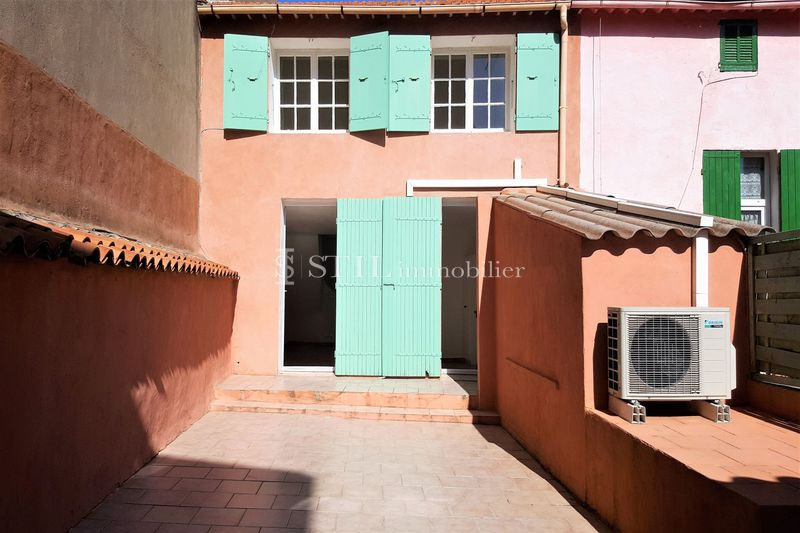 Location appartement Sainte-Maxime  Apartment Sainte-Maxime Centre-ville,  Rentals apartment  4 rooms   95 m²