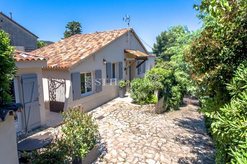 Vente villa Sainte-Maxime  Villa Sainte-Maxime Centre-ville,   achat villa  5 chambres   130m²