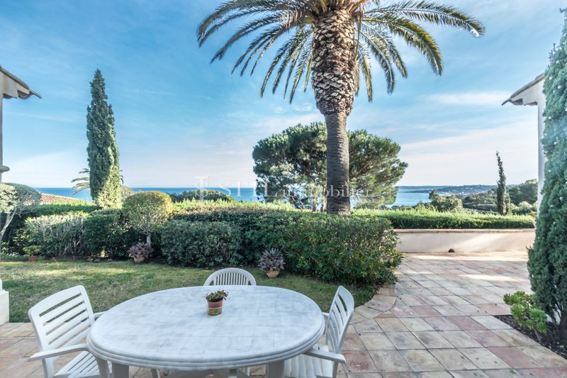 Vente villa Sainte-Maxime  Villa Sainte-Maxime Proche plages,   to buy villa  5 bedroom   180 m²