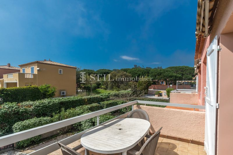 Vente appartement Sainte-Maxime  Apartment Sainte-Maxime Proche plages,   to buy apartment  2 rooms   31 m²