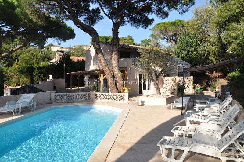 Photo Villa Sainte-Maxime Débarquement,   to buy villa  8 bedrooms   210 m²