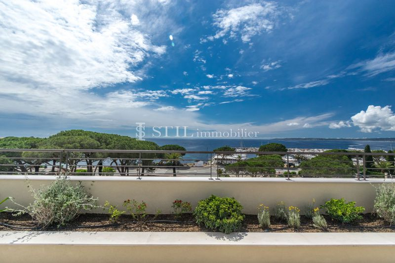 Photo Penthouse Les Issambres Bord de mer,   to buy penthouse  4 rooms   166 m²