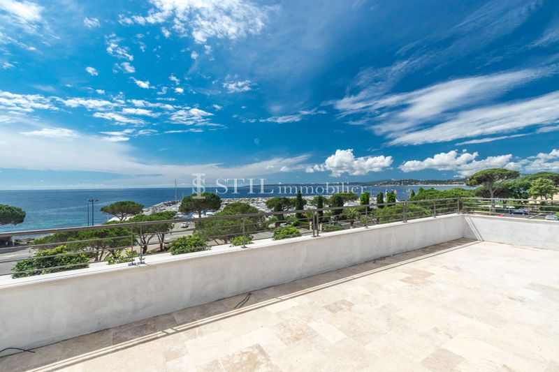 Photo Penthouse Les Issambres Bord de mer,   to buy penthouse  4 rooms   184 m²