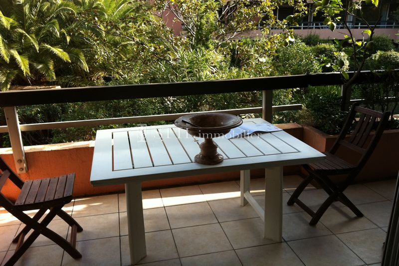 Photo Appartement Saint-Tropez Centre-ville,   achat appartement  1 pièce   34 m²
