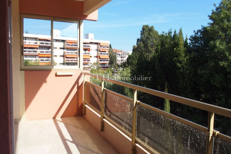 Photo Apartment Sainte-Maxime Proche centre-ville,   to buy apartment  3 rooms   50 m²