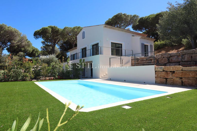 Photo Villa Sainte-Maxime Proche centre-ville,   to buy villa  5 bedrooms   270 m²