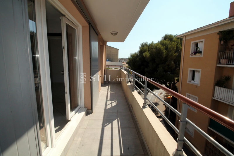Vente appartement Sainte-Maxime  Apartment Sainte-Maxime   to buy apartment  2 rooms   53 m²