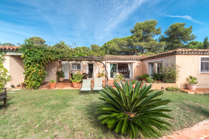 Photo Villa Sainte-Maxime   achat villa  3 chambres   120m²