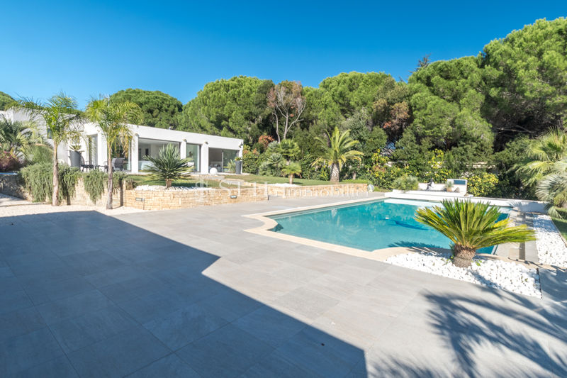Photo Villa Sainte-Maxime   to buy villa  5 bedrooms   200 m²