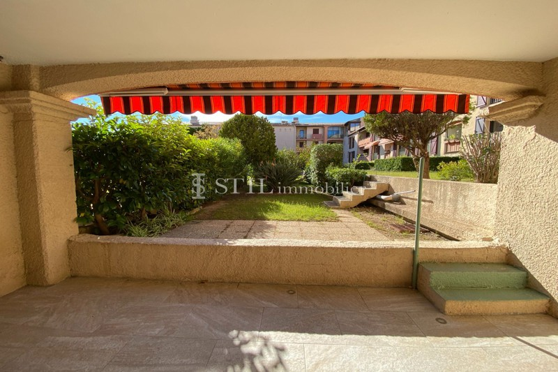 Vente appartement Sainte-Maxime  Apartment Sainte-Maxime   to buy apartment  3 rooms   72 m²
