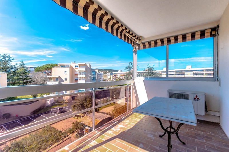 Vente appartement Sainte-Maxime  Apartment Sainte-Maxime   to buy apartment  2 rooms   52 m²