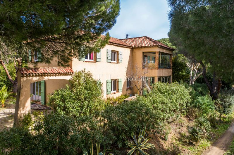 Photo n°1 - Vente Maison villa Sainte-Maxime 83120 - 890 000 €