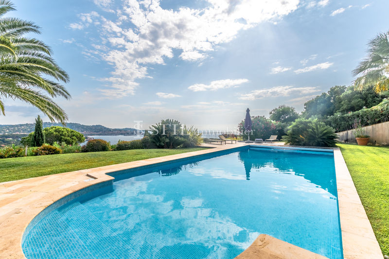 Vente villa Sainte-Maxime  Villa Sainte-Maxime   to buy villa  5 bedroom   283 m²