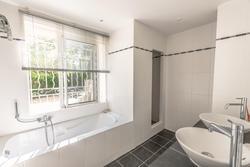 Vente villa Sainte-Maxime Salle de bain 3