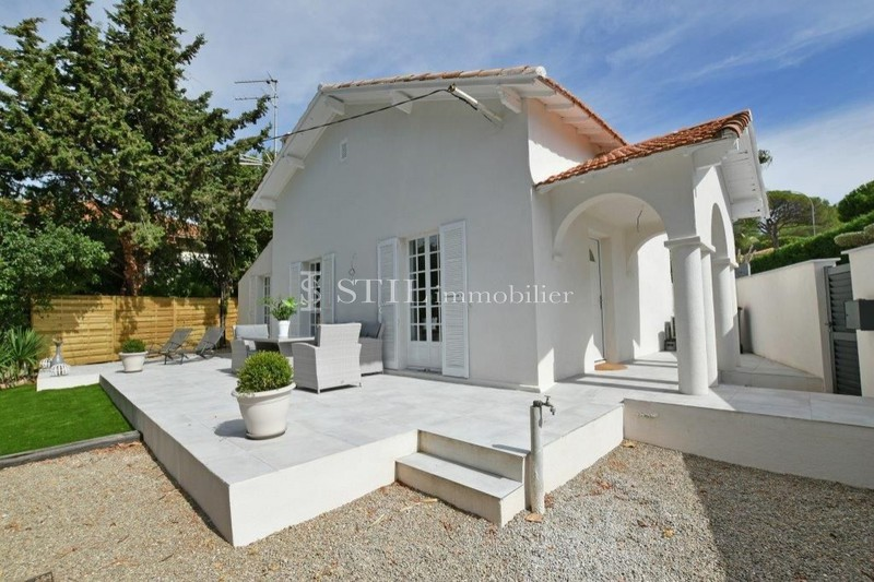 Vente villa Sainte-Maxime  Villa Sainte-Maxime Centre-ville,   to buy villa  3 bedroom   100 m²