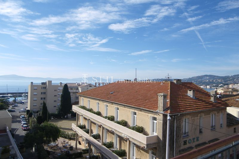 Photo Appartement Sainte-Maxime Village,   achat appartement  1 pièce   25 m²