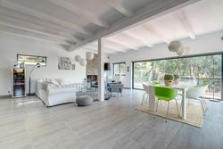 Vente maison contemporaine Le Plan-de-la-Tour 190227_Maison_PlanDeLaTour__12