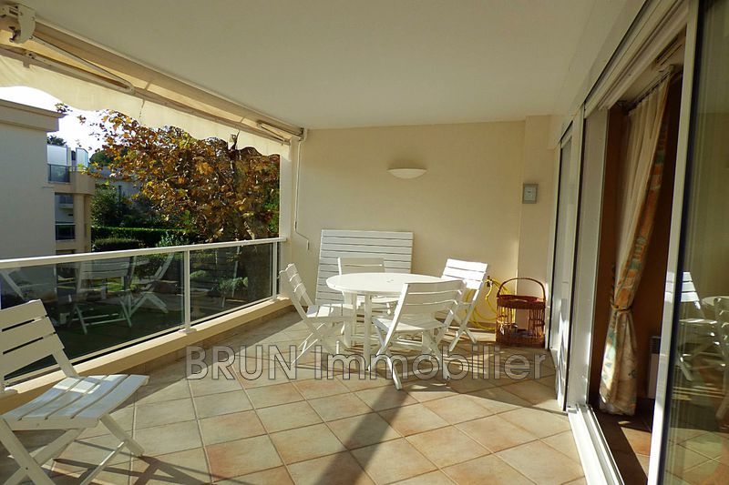 Photo Appartement Antibes Ilette,   achat appartement  3 pièces   70 m²
