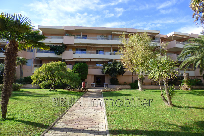 appartement  2 pièces  Antibes Jules grec  42 m² -