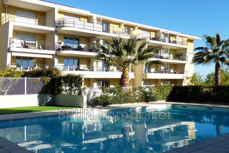 appartement  3 rooms  Antibes Combes  88 m² -