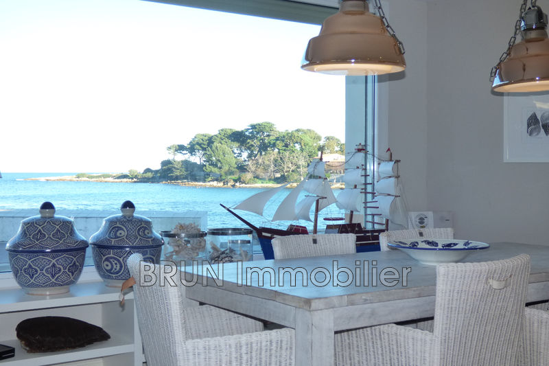 appartement  3 rooms  Cap d'Antibes Antibes  70 m² -