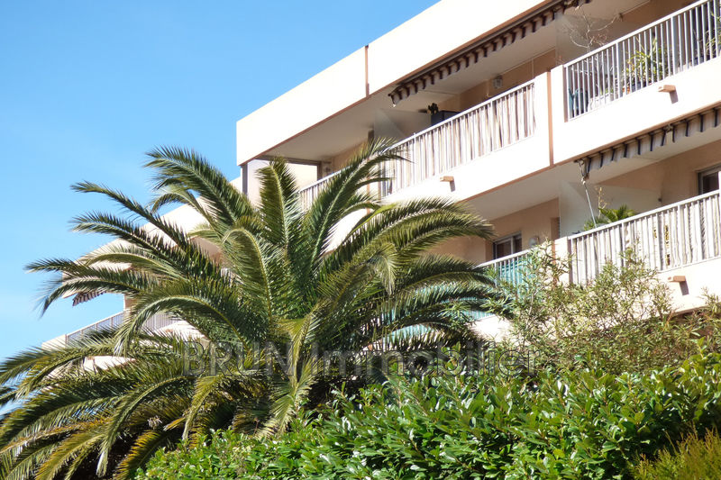 Photo Apartment Vallauris Brusquets,   to buy apartment  2 rooms   50 m²