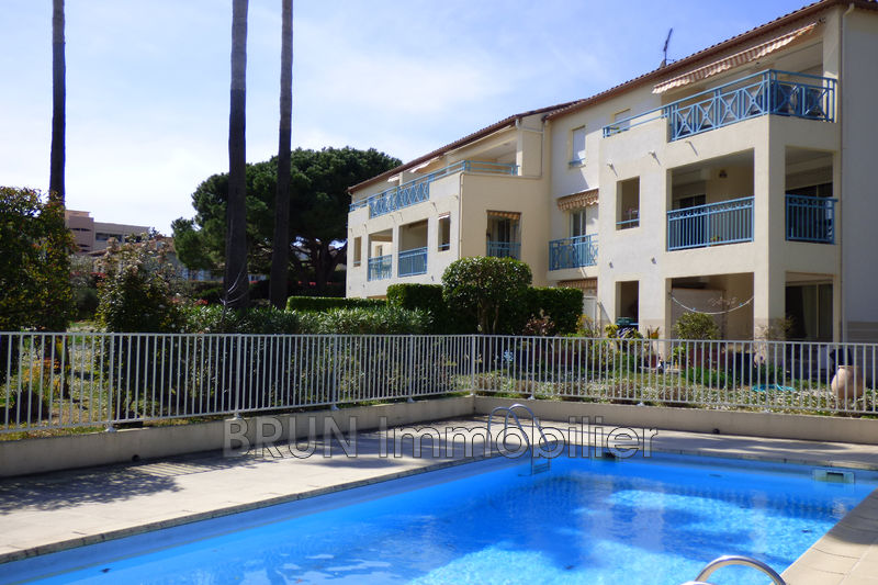 appartement  2 pièces  Antibes Jules grec  46 m² -