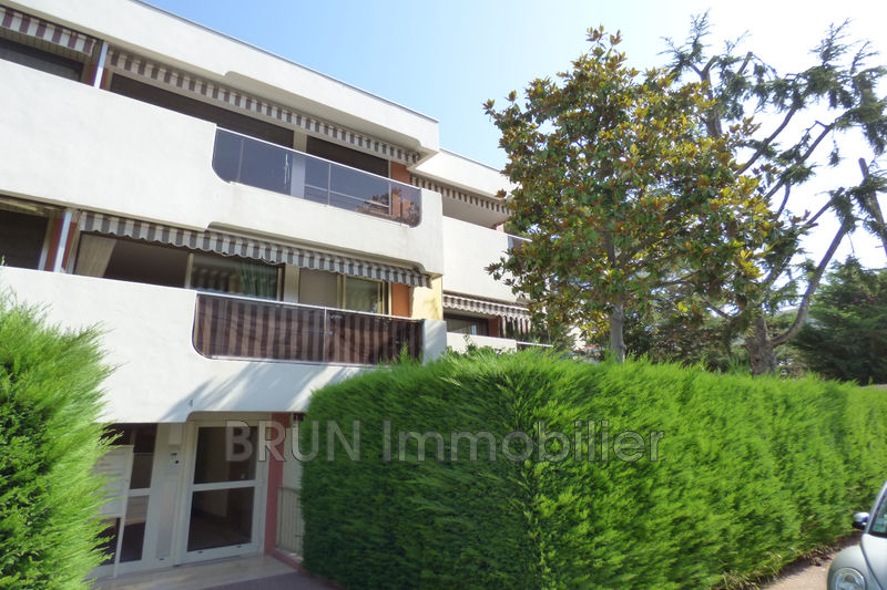 Photo Appartement Antibes Ilette,   achat appartement  2 pièces   62 m²