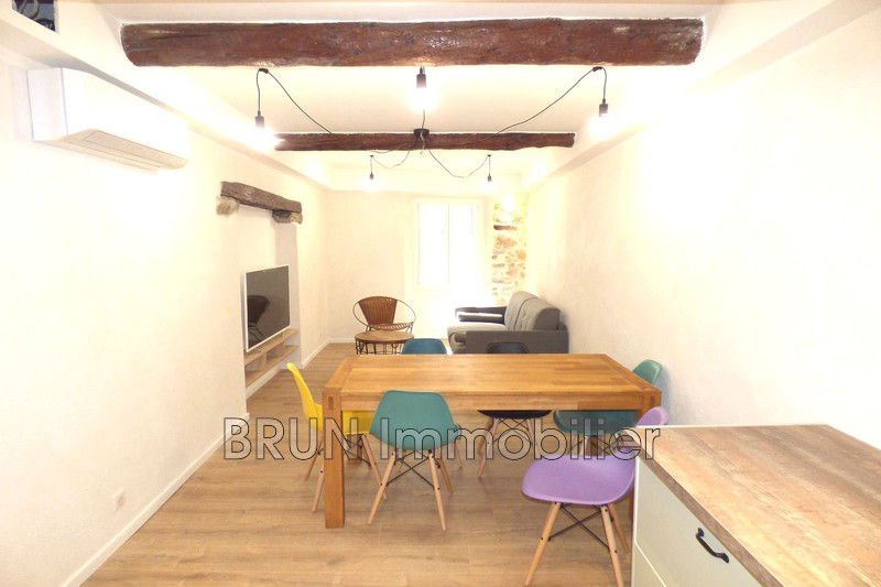 appartement  3 pièces  Antibes Vieil antibes  47 m² -