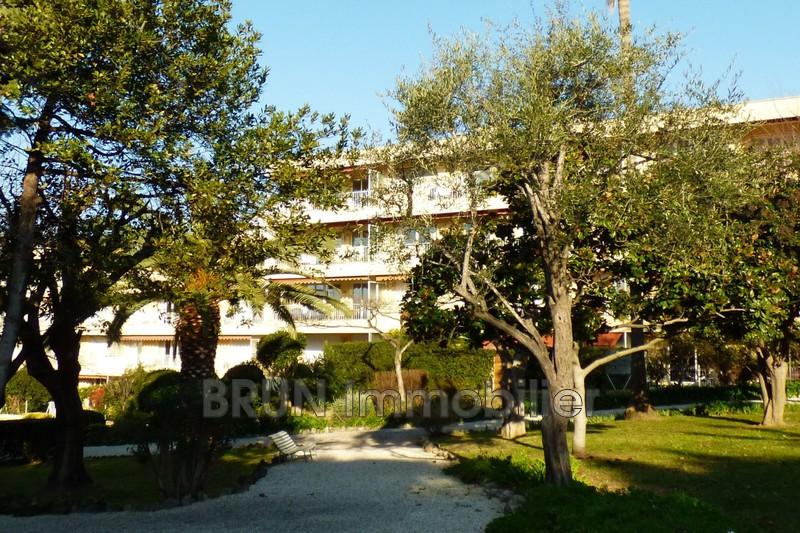 Photo Appartement Antibes Badine,   achat appartement  3 pièces   80m²