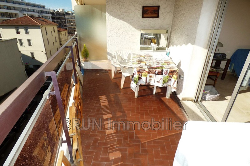 appartement  2 rooms  Juan-les-Pins Juan les pins   57 m² -