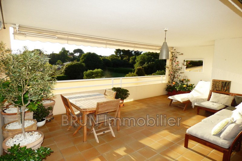 appartement  3 rooms  Antibes St jean  70m² -