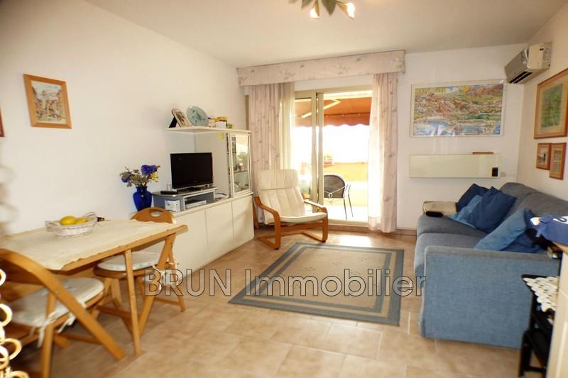 appartement  1 room  Golfe-Juan   24m² -