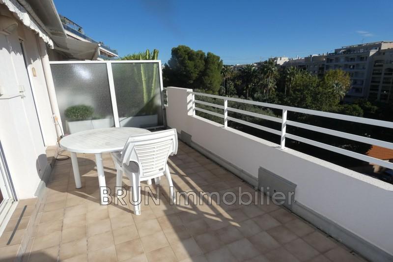 Appartement Juan-les-Pins Juan les pins centre,   achat appartement  2 pièces   53m²