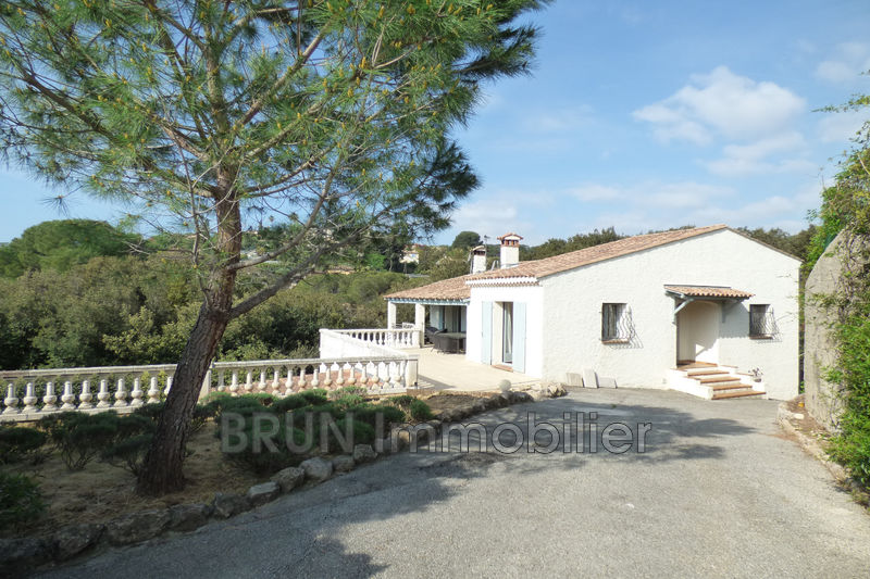 Photo Villa provençale Juan-les-Pins St maymes brusquets,   achat villa provençale  4 chambres   165m²