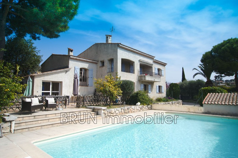 Photo Villa Antibes St jean fontmerle,   achat villa  5 chambres   230 m²
