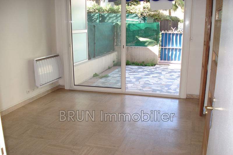 appartement  2 rooms  Golfe-Juan Beaches  34 m² -