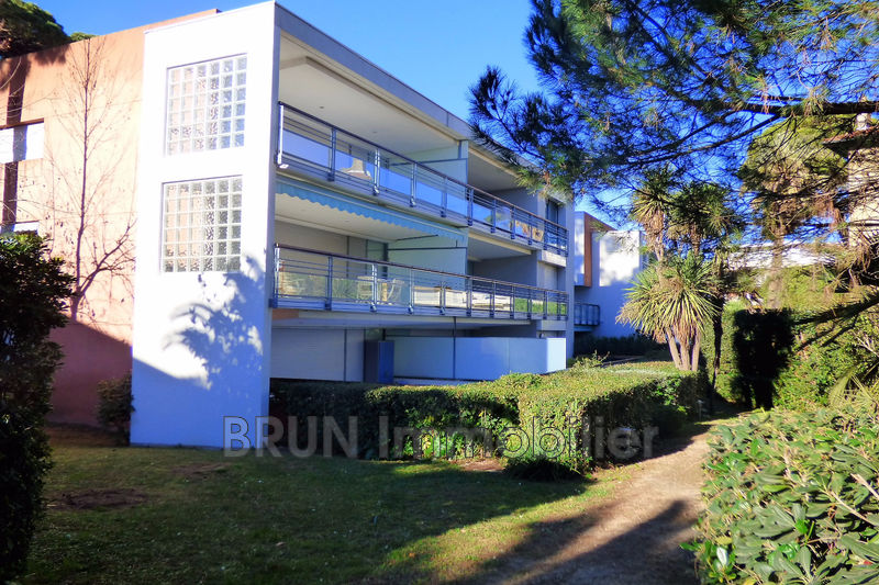 appartement  3 rooms  Antibes Ponteil  66 m² -
