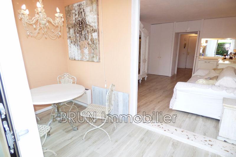 Photo n°6 - Vente appartement Golfe-Juan 06220 - 156 000 €