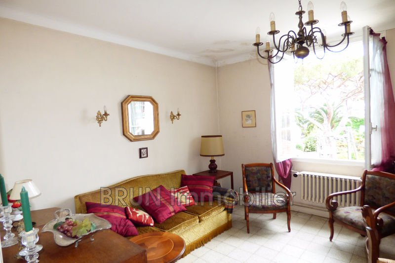 appartement  2 rooms  Juan-les-Pins Juan pinede  46 m² -