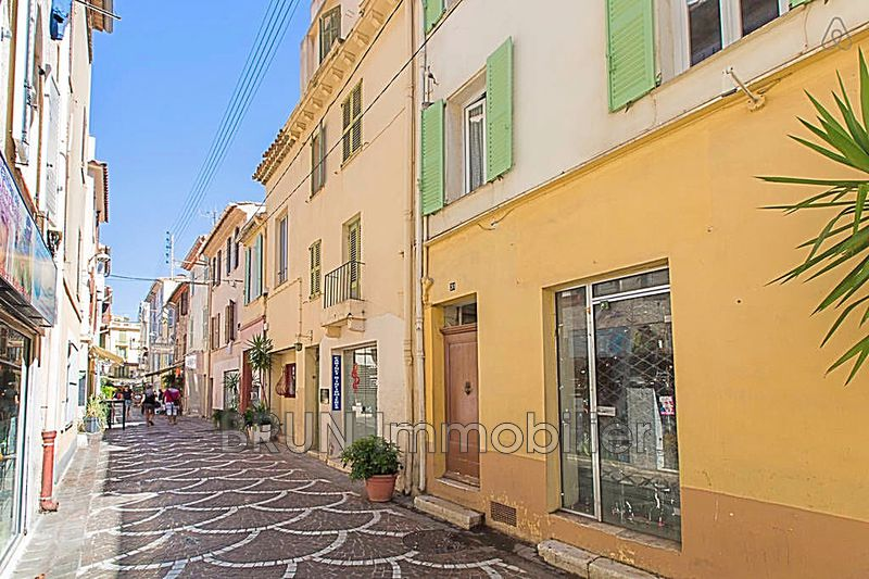 appartement  2 pièces  Antibes Vieil antibes  39 m² -