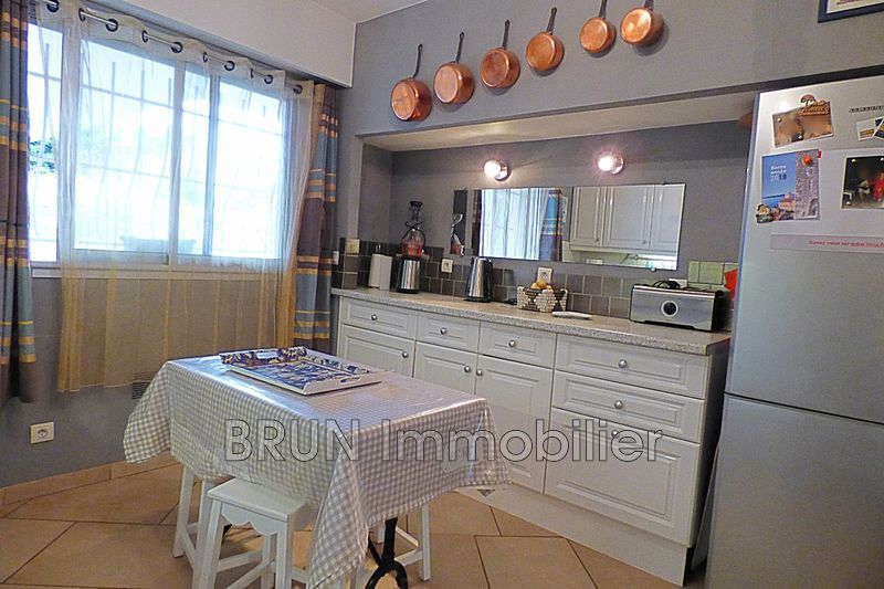 appartement  4 rooms  Antibes Ilette  104 m² -