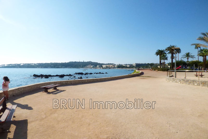 Photo Appartement Antibes Plages,   achat appartement  2 pièces   37 m²