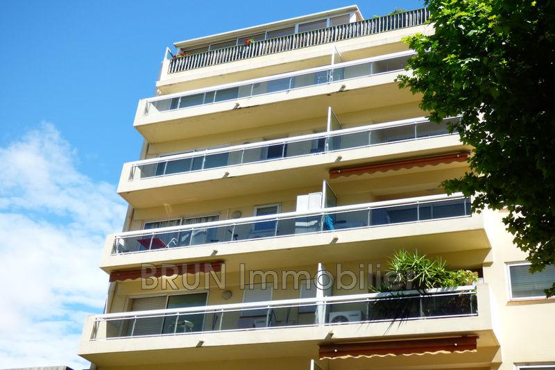 Photo Appartement Juan-les-Pins Centre,   achat appartement  2 pièces   43m²