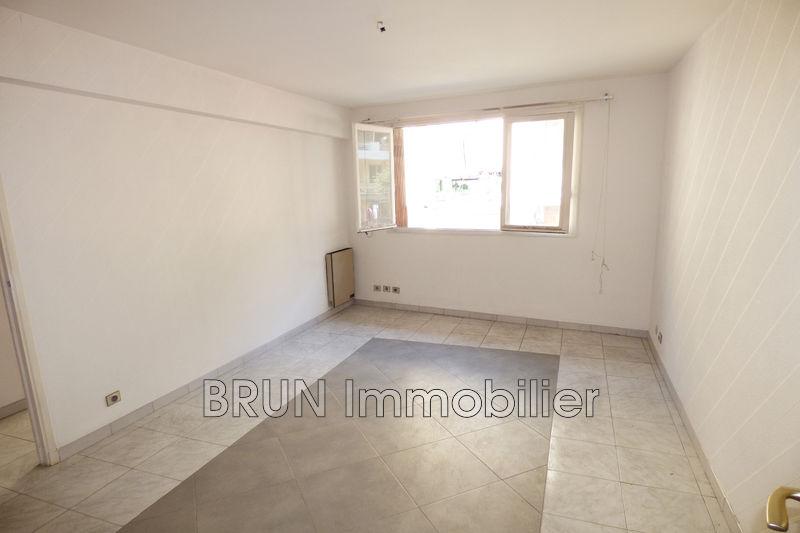 appartement  3 pièces  Antibes Centre  55m² -