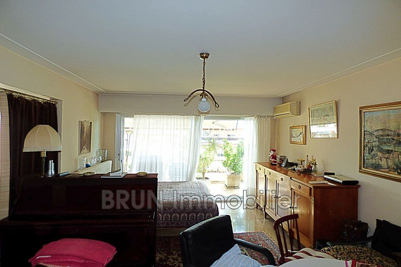 appartement  3 pièces  Antibes Centre  94m² -